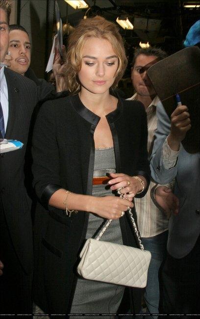 Культовые сумки: Chanel 2.55 / фото.