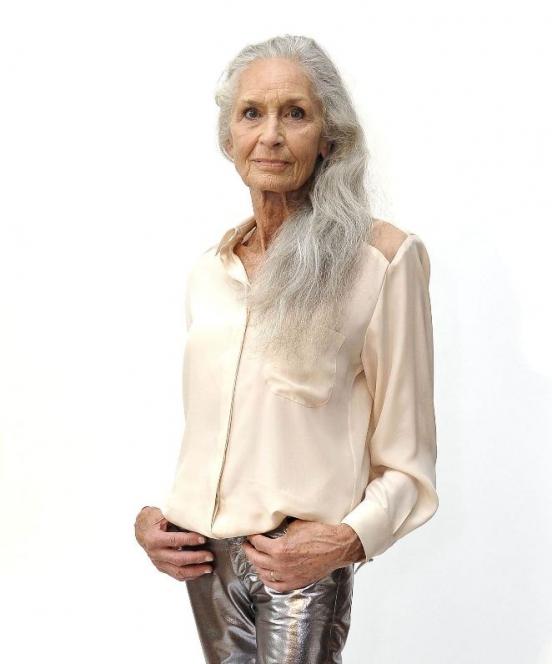 Бабушки 60 и старше шикарние форми