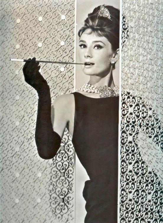 Икона стиля: Одри Хепберн.