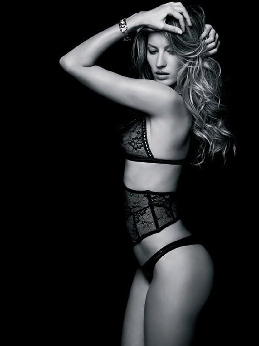 Фото секса на чёрном фоне