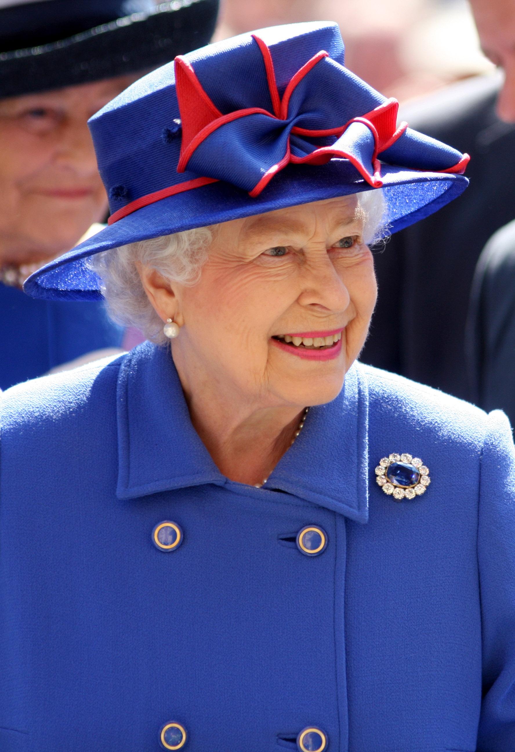 Картинки по запросу королева елизавета