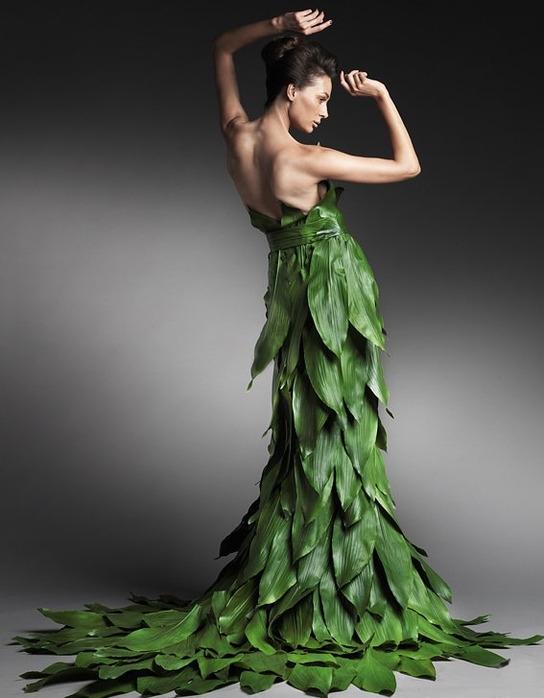 Платье из листьев своим руками 70