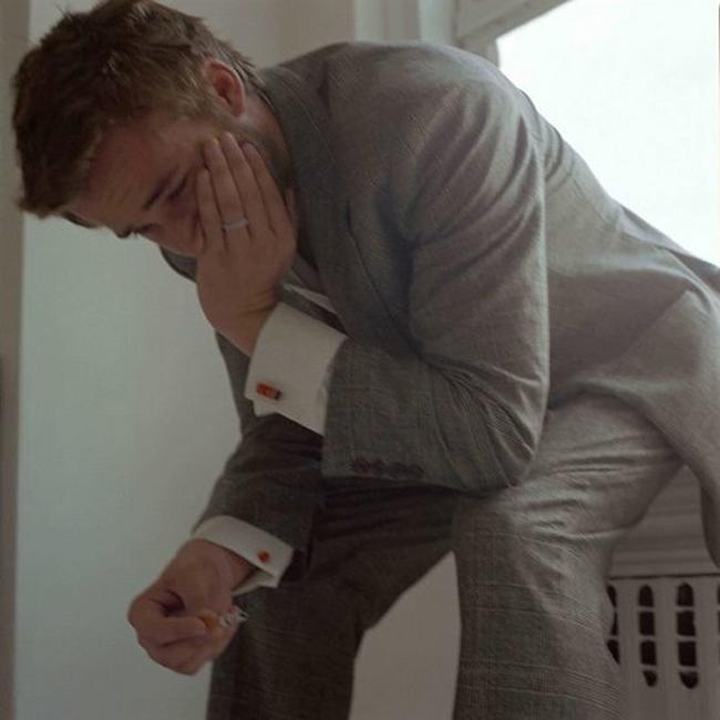 Плачущие мужчины / фото 2018 джуд лоу актер