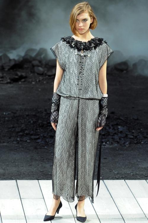 Дизайнер Карл Лагерфельд.  Chanel, осень-зима...