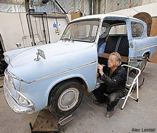http://vev.ru/uploads/images/00/01/43/2012/03/19/Warner-Bros-Studio-Tour-London-The-Making-of-Harry-Potter-harry-potter-25799862-415-354.jpg