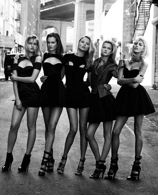 b25249a1ff5 История маленького чёрного платья.... Обсуждение на LiveInternet -  Российский Сервис Онлайн-Дневников