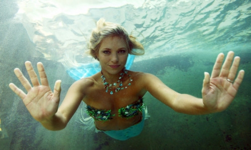 ханна фрейзер как она дышит под водой