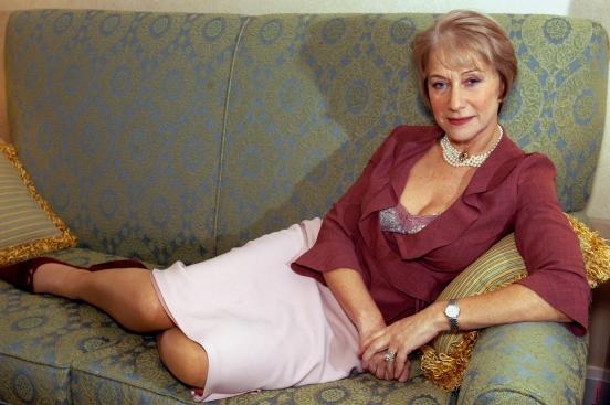 всегда домашнее видео красивых возрастных женщин вчера болтали