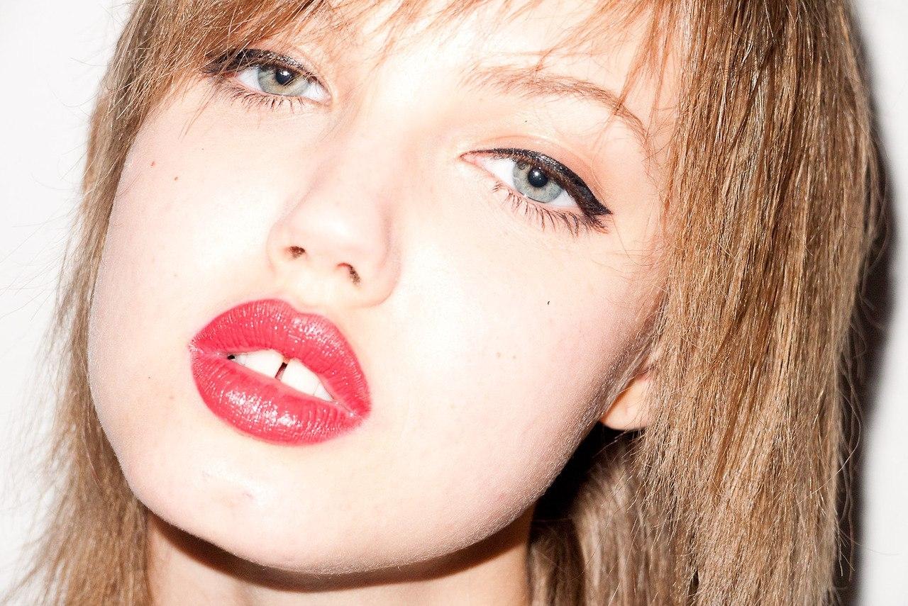 Фото с пухленькими губками, Девушки с отвисшими половыми губами - (65 фото) 9 фотография