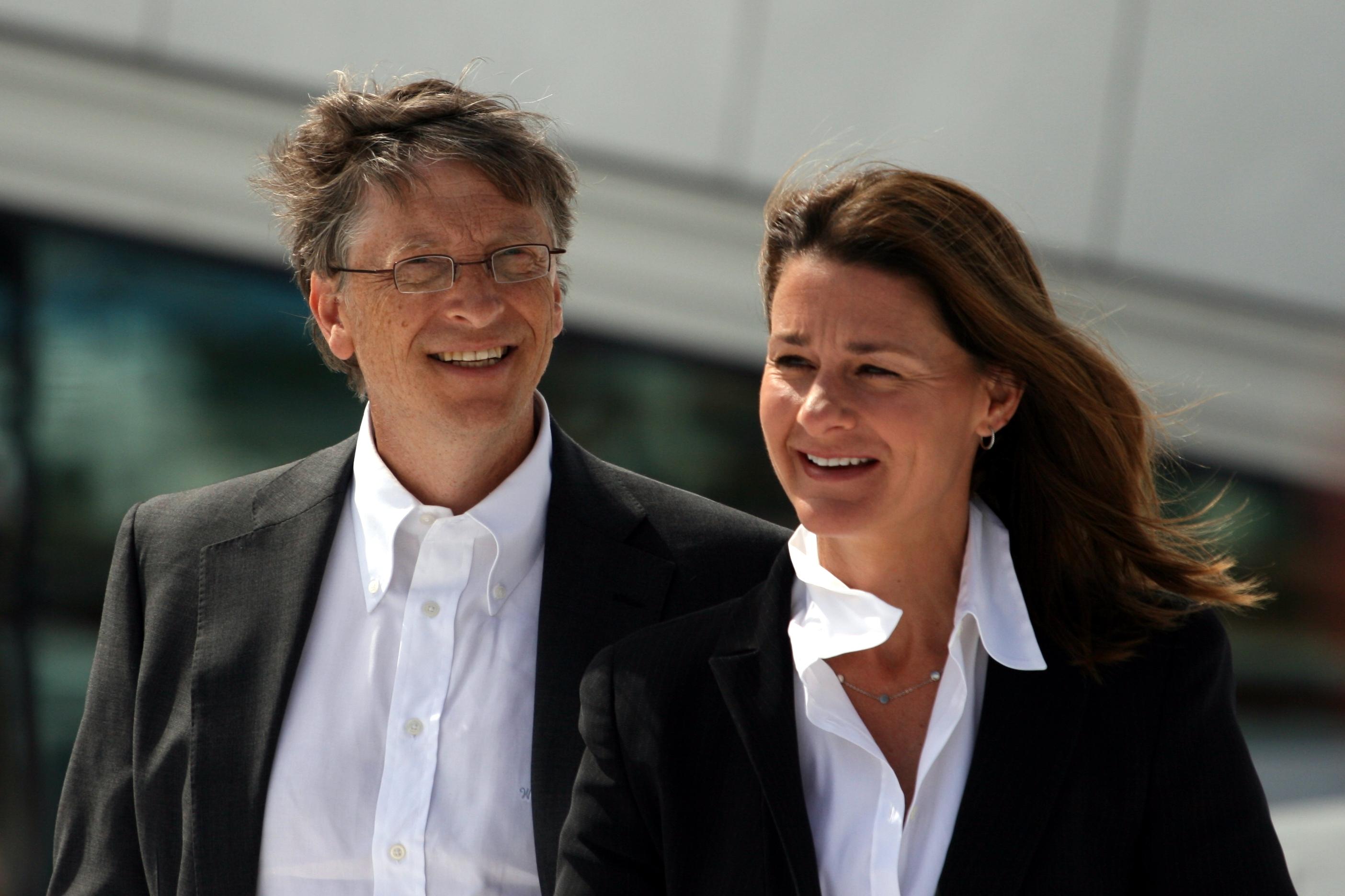 Смотреть Подруги и жены богатейших мужчин в мире видео