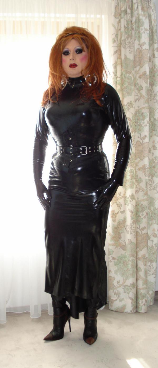порно одежда из латекса