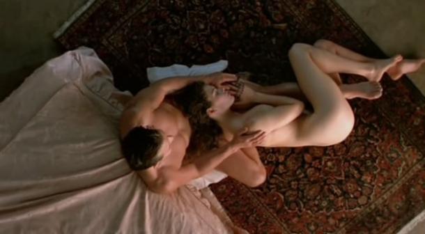 Более ранний драматично-эротический шедевр Залмана Кинга, снова с Рурком в