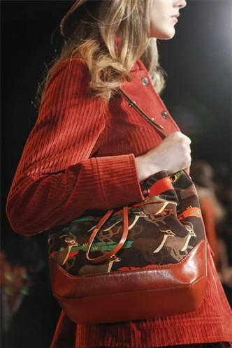 Сумки сезона осень-зима 2011-2012 Marc by Marc Jacobs ( Spletnik)