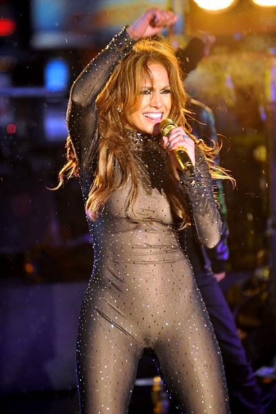 Дженифер лопез голая попка на концерте