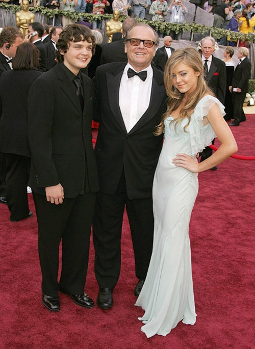 Джек Николсон с дочерью Лоррейн и сыном Раймондом