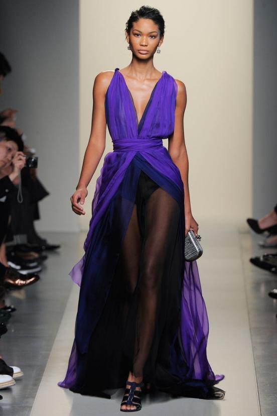 Платье из прозрачного шелка