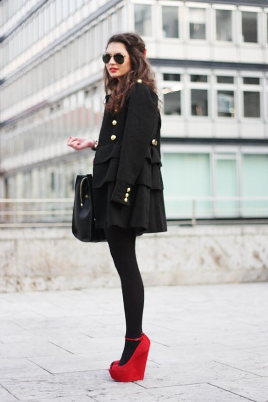 Черное Платье Красные Туфли Песня