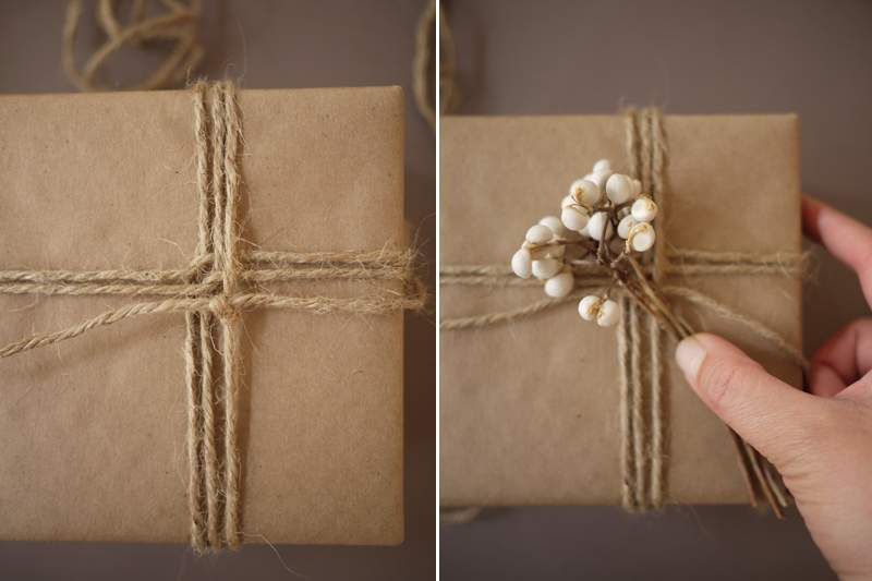 Как упаковать картину на подарок 11