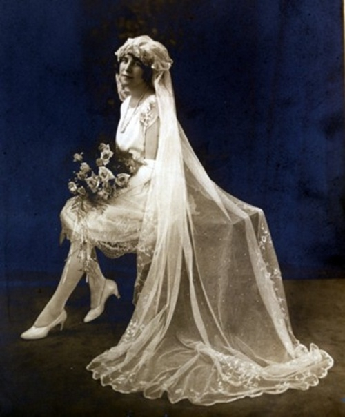 Фото свадебных платьев 18 века