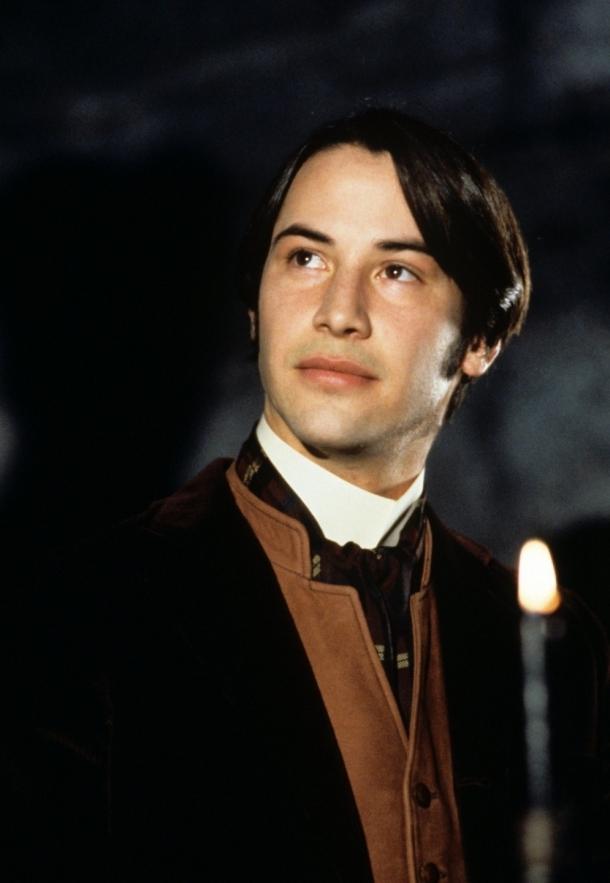 http://vev.ru/uploads/images/00/48/01/2013/09/02/kinopoisk.ru-Dracula-1764050.jpg