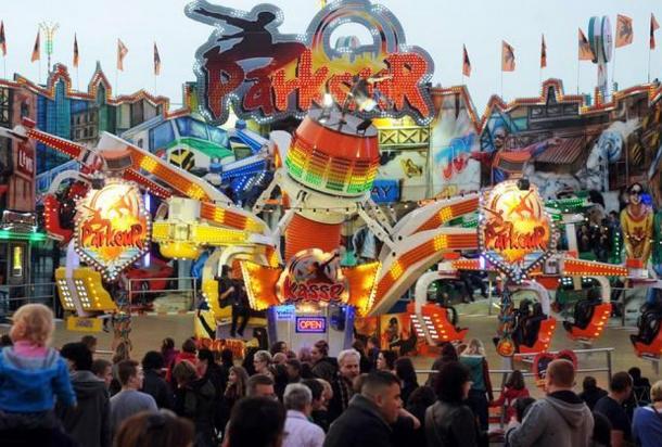 Картинки по запросу Фестиваль «Свободного рынка» или «Свободная ярмарка» в Бремене – «Bremer Freimarkt» картинки