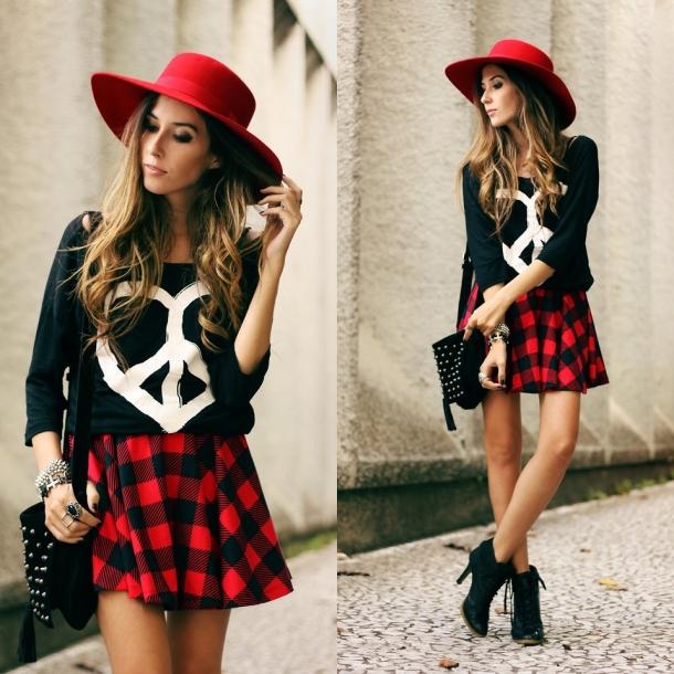 Красно черная клетчатая юбка