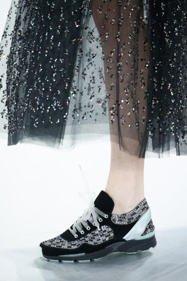 кроссовки шанель  женские