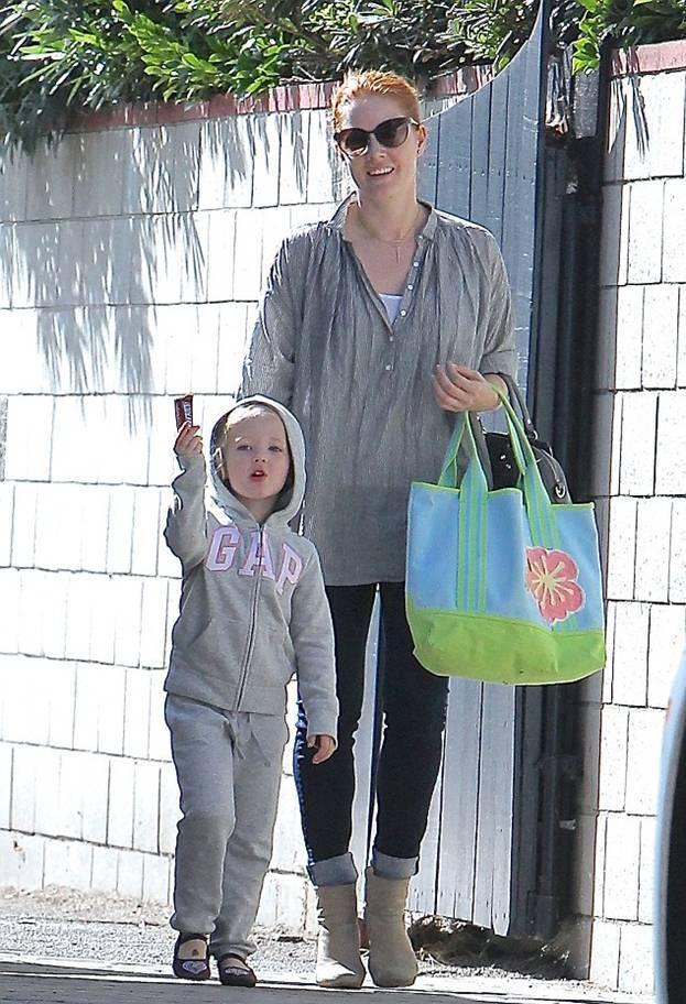 Эми Адамс со своей дочкой