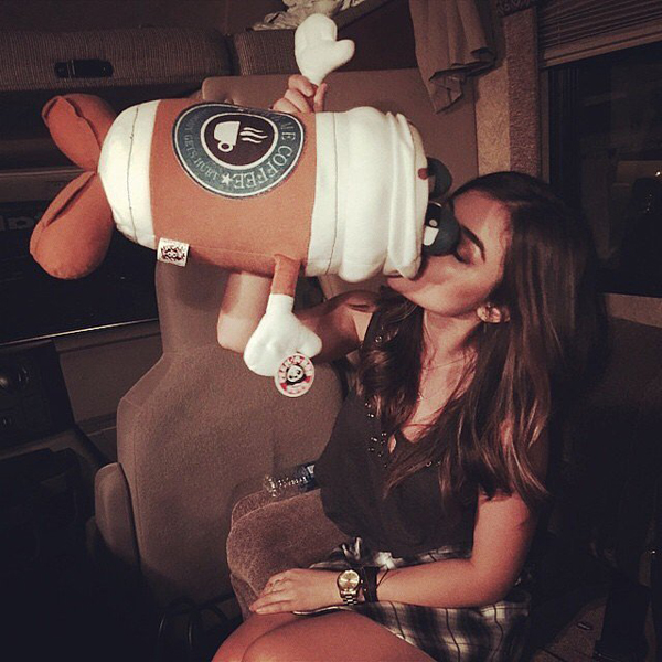 Lucy-Hale-showed-off-her-love-coffee
