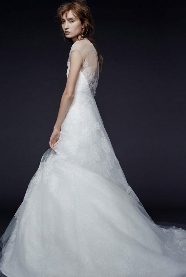 vera-wang-bridal-2015-fall-dresses02-774x1200