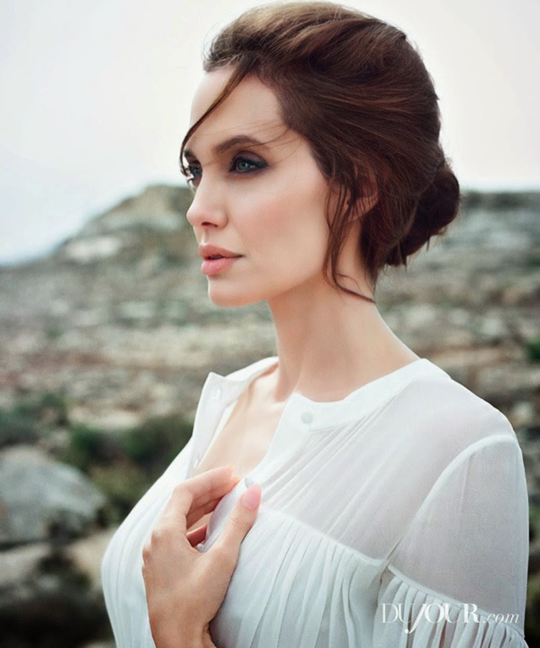 Анджелина Джоли и Джек О'Коннелл  для DuJour Magazine