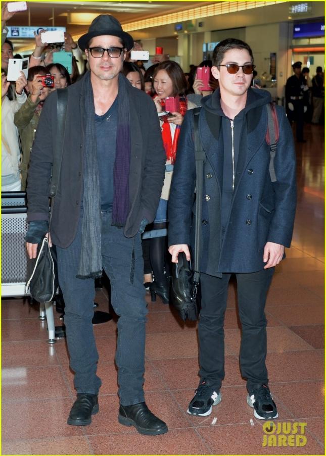 Brad Pitt arrives at Tokyo International Airport