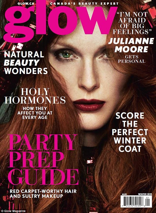 Джулианна Мур на обложке  Glow Magazine