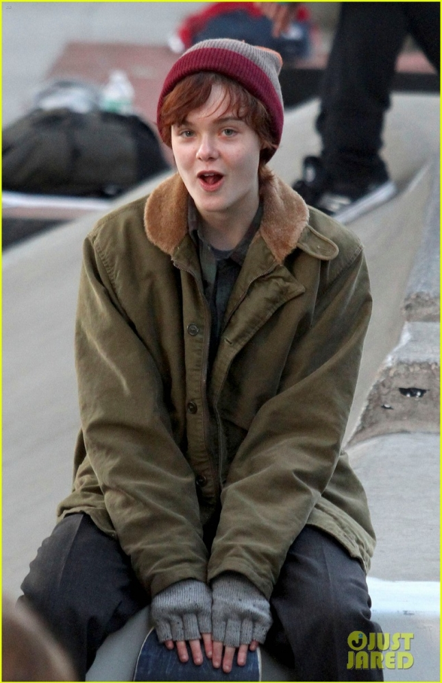 "Elle Fanning plays a skater on the set of ""Three Generations"" **USA ONLY**"