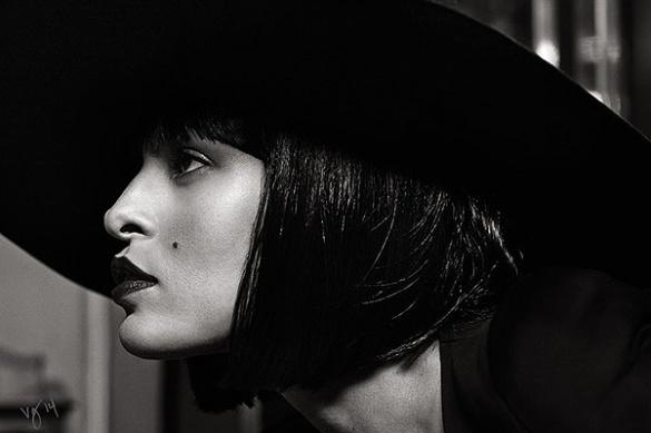 Ева Мендес в фотосессии для Violet Grey