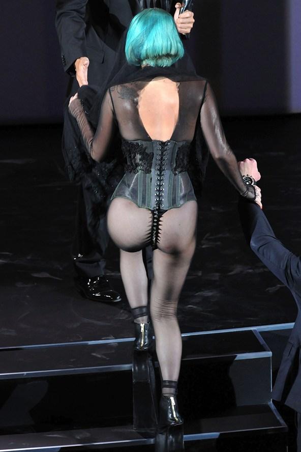 Gaga-2011-CFDA3-_glamour_29jul14_pa_b_592x888