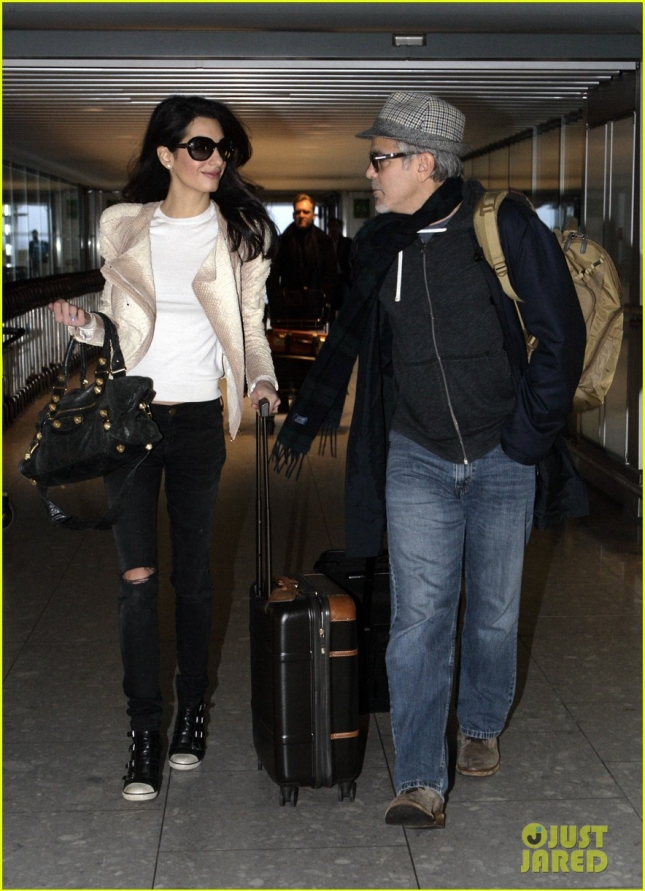 george-clooney-wife-amal-fly-out-of-london-on-thanksgiving-03