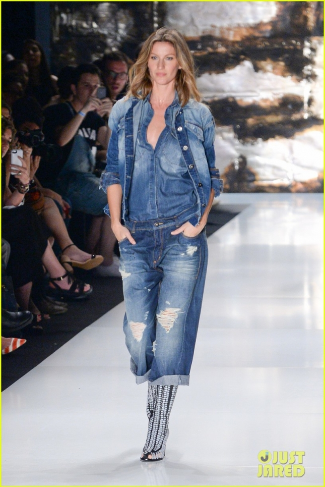 gisele-bundchen-struts-her-stuff-at-colcci-fashion-show-01