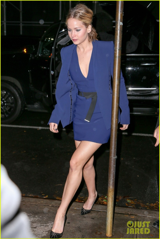 Jennifer Lawrence arrives at The Colbert Report looking beautiful in blue