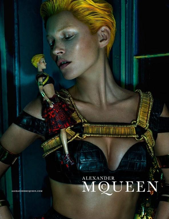 kate-moss5_mcqueen_glamour_28jan14_Steven-Klein_b_592x888