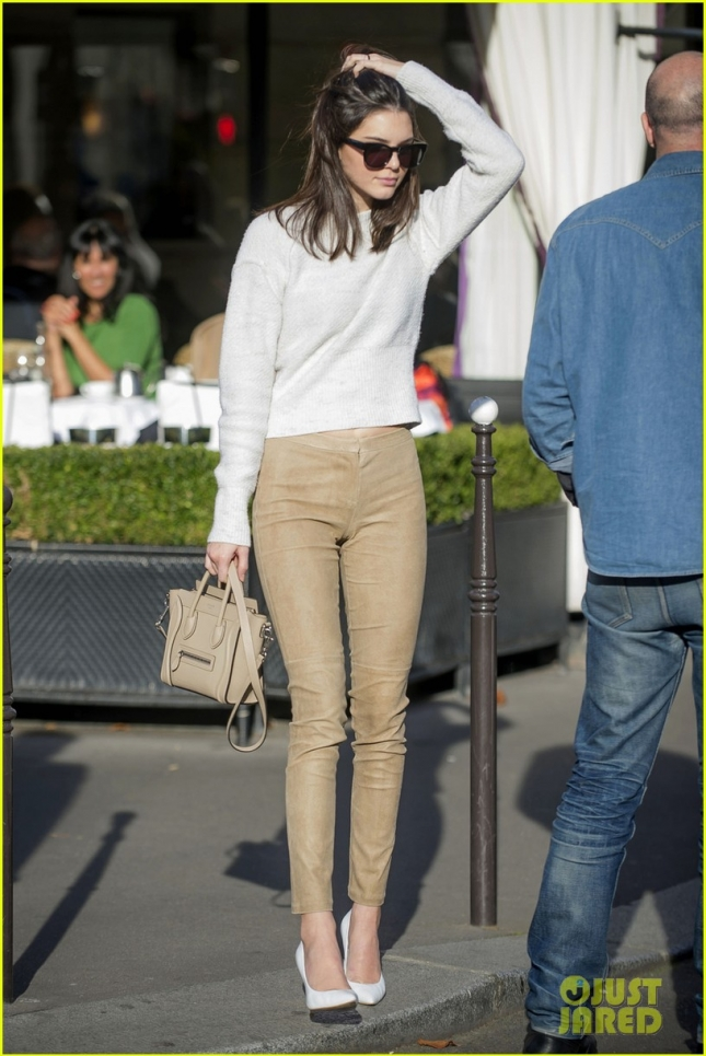 kendall-jenner-hangs-out-with-justin-bieber-03