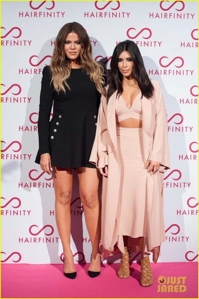 kim-kardashian-khloe-kardashian-event-04