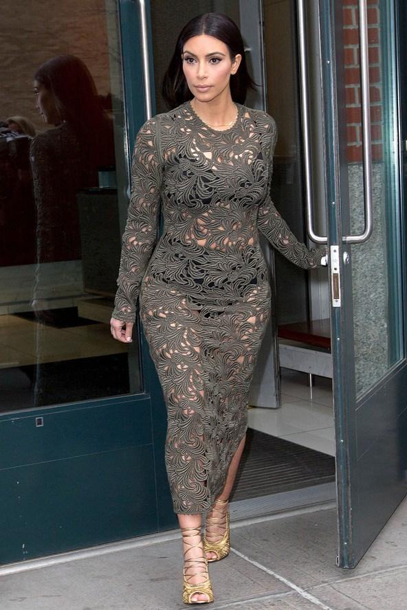 Kim-Kardashian_glamour_25mar14_rex_b_592x888