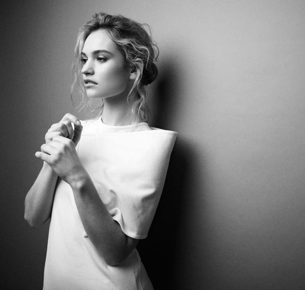 Лили Джеймс в журнале  Glamour
