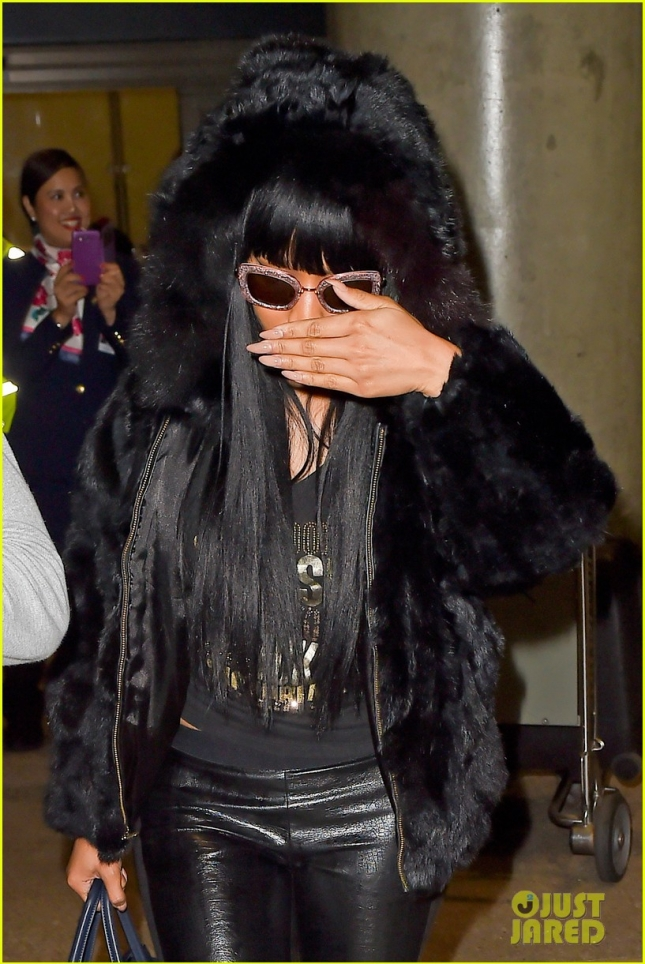 nicki-minaj-fur-coat-statement-after-only-controversy-08