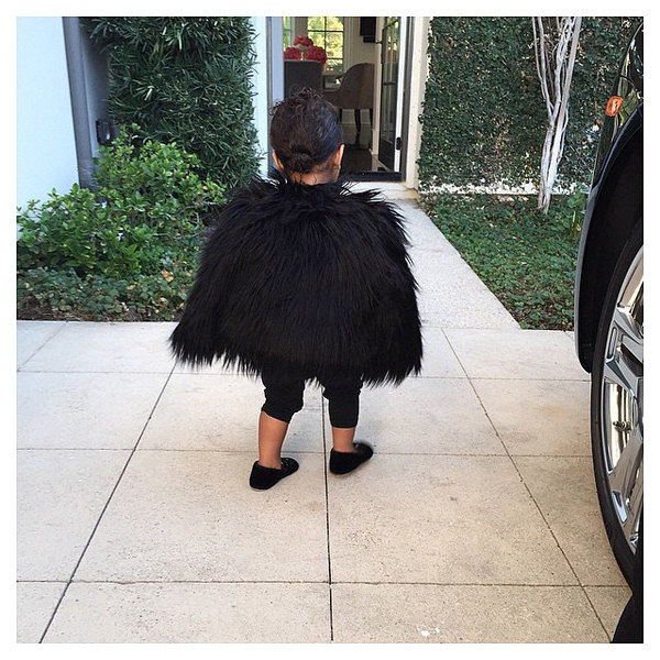 North-West-Wearing-Fur-Jacket-Pictures (1)