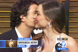 orlando-bloom-and-miranda-kerr-kiss3