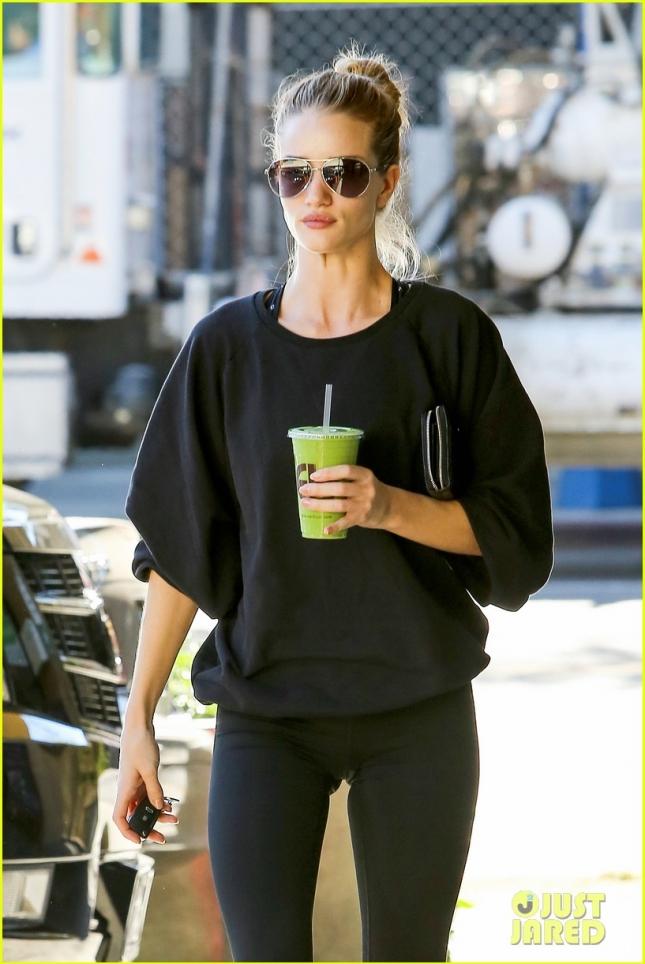 rosie-whiteley-green-juice-after-workout.jpg-05