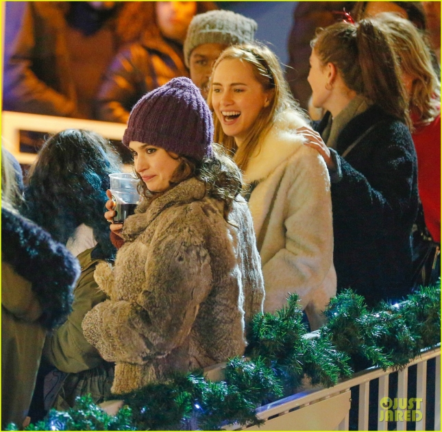 Суки Уотерхаус и Лили Джеймс на открытии парка развлечений Winter Wonderland в Лондоне