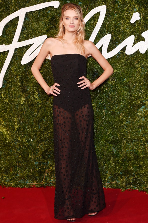 51-lily-donaldson-british-fashion-awards-vogue-1dec14-rex_b_592x888_1